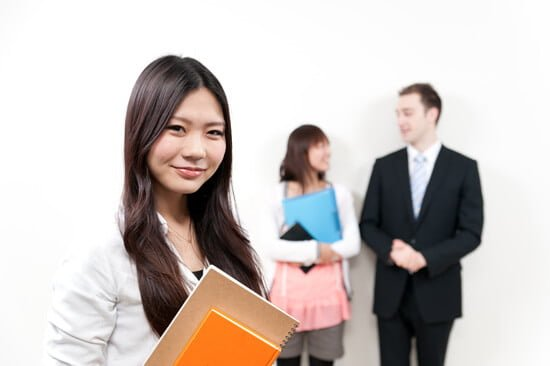 英会話には大きく分けて日常会話とビジネス会話の2種類がある